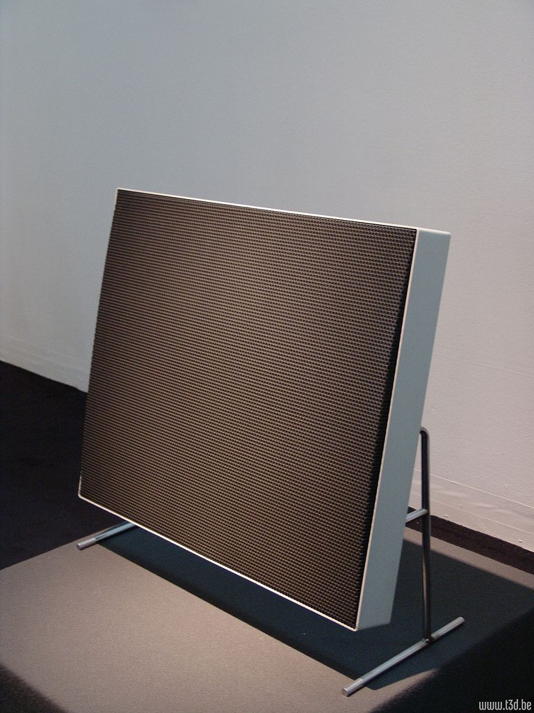Braun LE1 Electrostat flat speaker